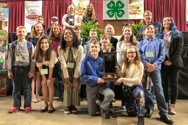 Merrill Repeats as Top Middle School at State Science Fair